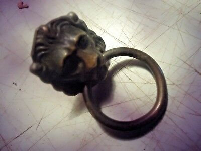 lion head, cabinet door/drawer pull, solid brass, vintage________________A-116