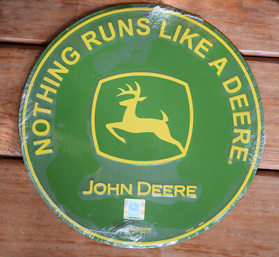 "John Deere 12"" Round Green Metal Sign ""Nothing Runs Like A Deere"" NEW SEALED PKG"