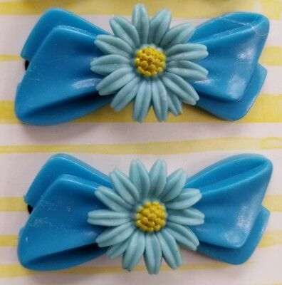 Vintage Hair Barrettes - Pair of Blue Barrettes with Blue Daisy Flower