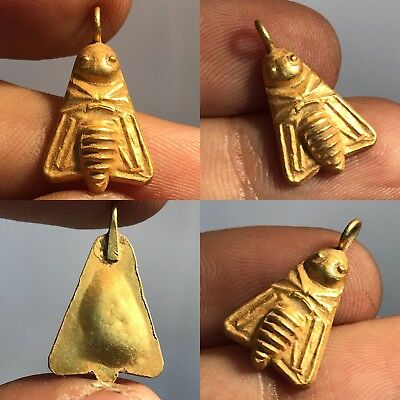 Beautiful Roman/Sassanian solid gold bee amulet circa 200-400 AD. 1GR