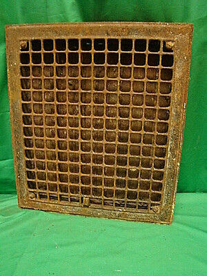 VINTAGE 1920S  IRON HEATING GRATE COVER SQUARE DESIGN 16 X 14 drg