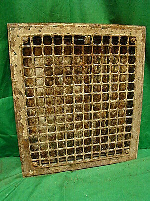 VINTAGE 1920S  IRON HEATING GRATE COVER SQUARE DESIGN 16 X 14 hv