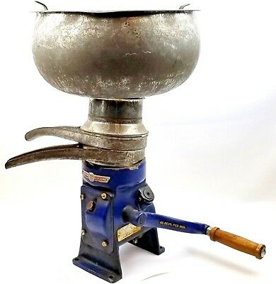 Original Vtg Manual Milk Cream Separator Montgomery Ward Antique Royal HM-4607A
