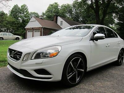 2012 Volvo S60 R VOLVO S60R DESIGN 2012 WHITE WELL EQUIPPED LOW MILEAGE! EXCELLENT CONDITION