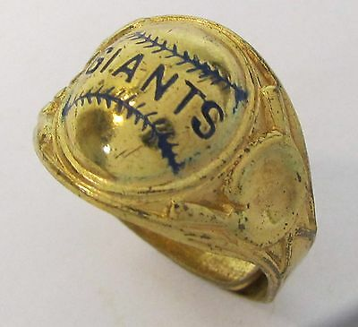 rare 1940's NEW YORK GIANTS baseball ring cereal premium by Robbins HIGH GRADE