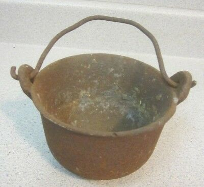 Antique Vintage SWETT 5 Cast Iron Metal Smelting  Pot W/ Handle  Collectible