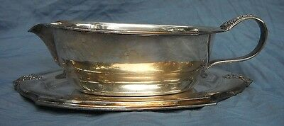 Vintage Wilcox International Silver Co. 113 Gravy boat and Under plate