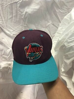 Vintage Detroit Vipers IHL NEW ERA LOW PROFILE MADE IN USA