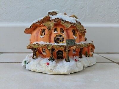 Charming Tails Pumpkin Inn Lighted Light Up Dean Griff 87522 Silvestri w Cord