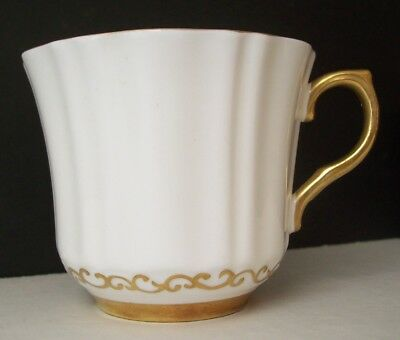 Wetley/Sampson Smith OLD ROYAL White Fluted Cup GOLD SCROLLS/GOLD TRIM #2955 htf