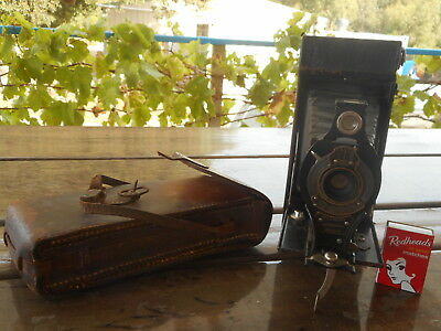 Vintage KODAK 2A Autographic Brownie Folding Camera in leather case