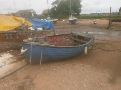 Clinker 19Ft Launch,lister Twin Cylinder,as Spares Repair/ Breaking, £150.00