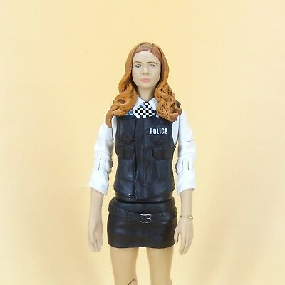 """Doctor Who Amy Pond in Police Woman Outfit Costume Collector action figure 5.5"""""""