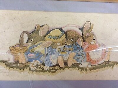 Long Stitch in Tapestry Wool  KIT by SEMCO:  Sleeping Bunnies - KIT 3500.2