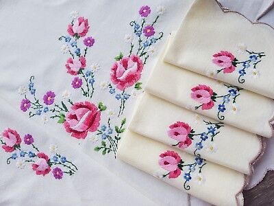 Lovely Vintage Hand Embroidered Linen Tablecloth and Napkin Set with Roses