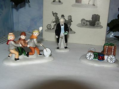 """Dept 56  """"Nicholas Nickelby"""" 59293 Set of 3 RETIRED with Box Dickens Village"""