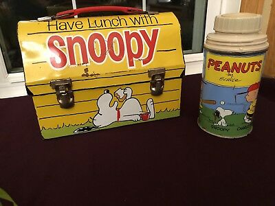 Vintage 1968 Snoopy  Metal Lunch Box and Thermos Norwich Conn U.S.A