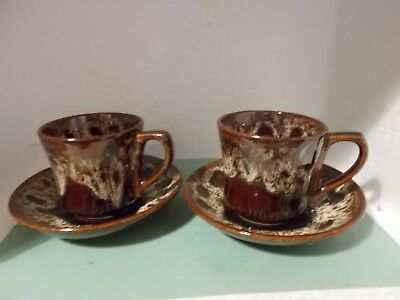 Fosters Pottery Honeycomb cups and saucers x 2 (b)