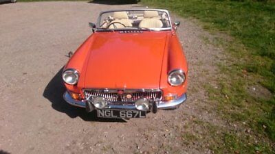MGB Roadster, 1972, 1800cc, manual, overdrive.