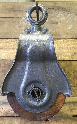 Antique Vintage Cast Iron And Wood Barn Pulley
