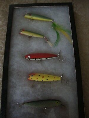 VINTAGE FOLK ART Lot 5 Hand Made Wooden  Fishing Lures Bait Framed Box