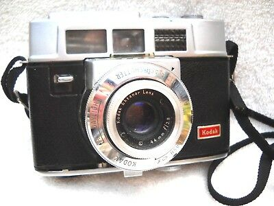 **1950`s KODAK AUTOMATIC 35F 35mm VIEWFINDER FILM CAMERA & BROWN LEATHER CASE**