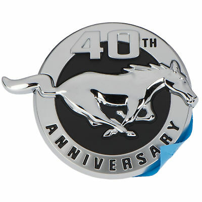 2004 FORD MUSTANG FRONT FENDER 40TH ANNIVERSARY EMBLEM NEW 4R3Z-16228-AA RH