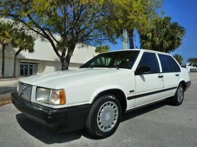 940 Level II Turbo 4dr Sedan 1994 VOLVO 940 TURBO - RARE AND IN AMAZING CONDITION! LOW MILES! - T BELT DONE!