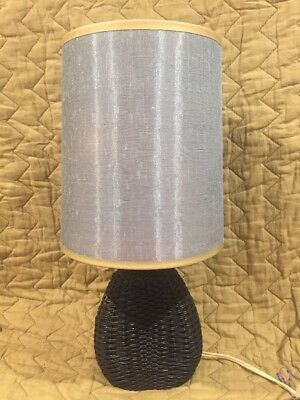Vintage Retro 60s/70s Woven Table Lamp With Shade.
