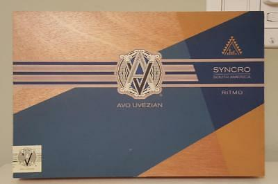 Avo Uvezian Avo Syncro South America Ritmo Special Toro Wood Cigar Box