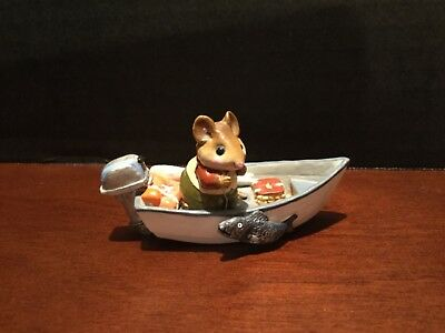 "Wee Forest Folk ""Mouse In Fishing Boat"" Dated 1985  Retired"