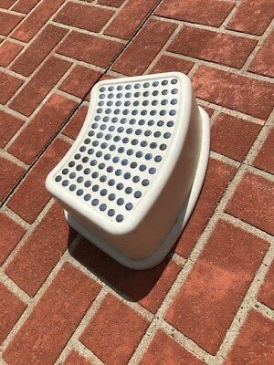 Children's Toddlers Bathroom Step - White Used Cash P/Up Sydney