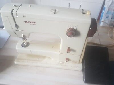 bernina minimatic 807 fully working with footpedal and extras