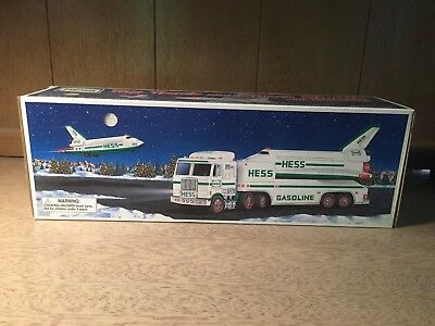 1999 Hess Toy Truck And Space Shuttle With Satelite N.I.B.