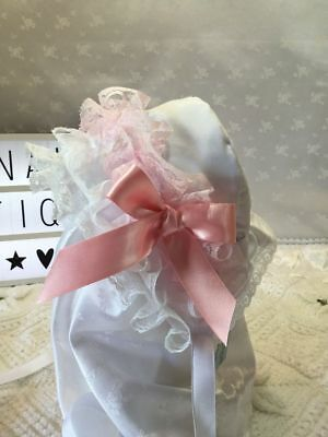 Hannahs Boutique 0-6 Month Traditional Pink Lace Frilly Baby Bonnet Reborn 20-24