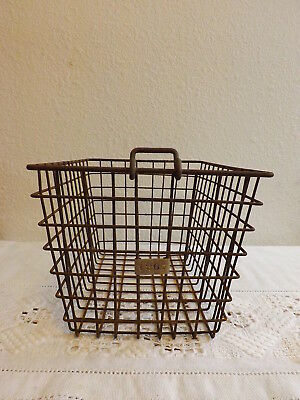 1 Vintage Heavy Wire Metal Gym Basket Rusty  Industrial Decor