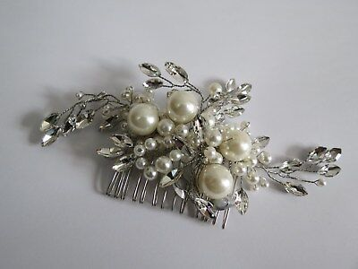 Bridal Hair Comb with Clear Crystals and Pearls
