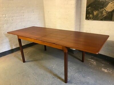 Mid-Century Danish Teak Extending Dining Table by Mogens Kold  (20C1127)