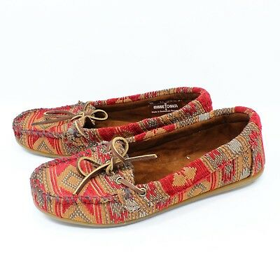 Minnetonka Women/'s Boat Moc 617R in Red Sz 6-7.5 New