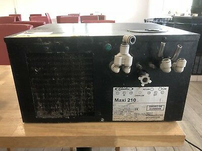 Maxi 210 Two Line Beer Cooler