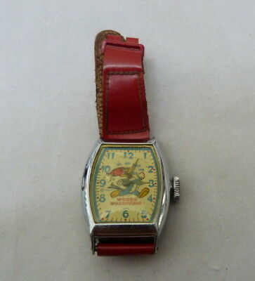 VINTAGE 1950's WOODY WOODPECKER RED LEATHERETTE BAND MECHANICAL WRISTWATCH