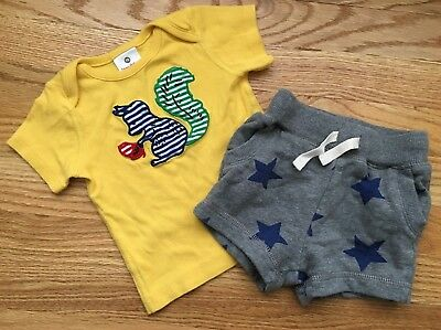 Hanna Andersson 70 Squirrel T-shirt & Star Shorts boys girls 6-12 mo set lot GUC