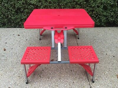 Vintage/Retro Red Folding Picnic Camping Outdoor Table.