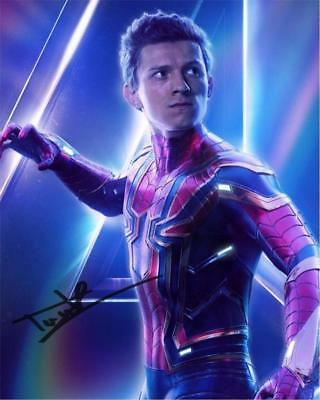 Tom Holland Spiderman Infinity Wars SIGNED AUTOGRAPHED 10X8 REPRO PHOTO PRINT