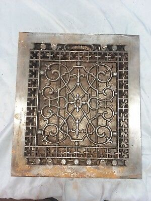 1 Antique Gothic Cast Iron Heat Grate Register Vent Old Vintage Hardware 88-18F