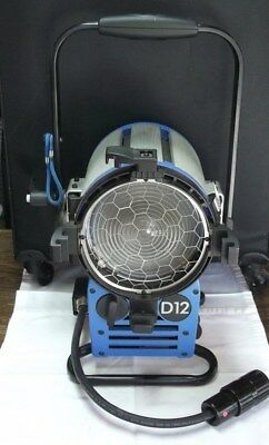 ARRI True Blue D12 HMI 1200w Fresnal Head ~ Very Light Use!!  See Pics!