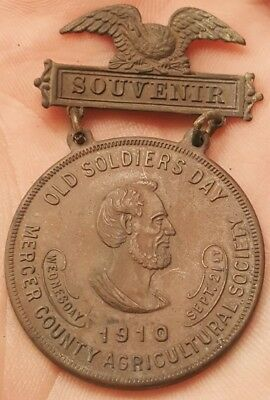 Rare 1910 Mercer County Illinois Old Soldiers Day Abraham Lincoln Medal Badge