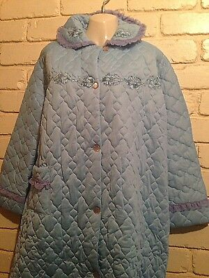 Vintage 1960's 'le Charme' Schreiner Finish Quilted Button Up Dressing Gown/robe