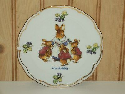 "Wedgwood ""Mrs. Rabbit"" The World of Beatrice Potter ~ Peter Rabbit Plate 6"""