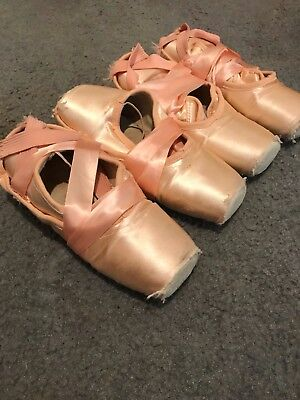 4 Pairs of Used Pointe Shoes - Freed